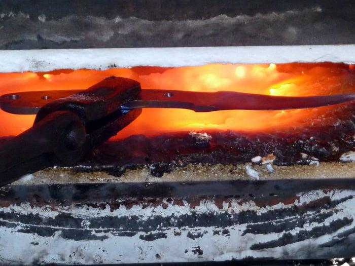 damascus steel knife making