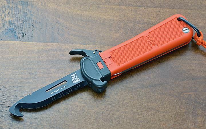 modern gravity knife