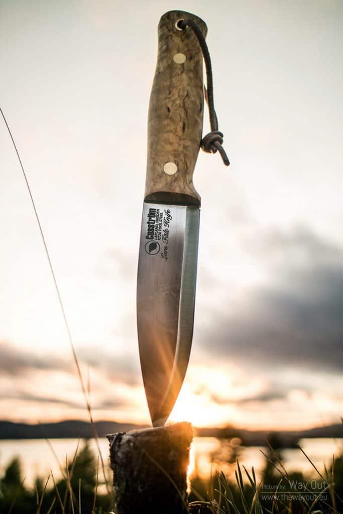 pocket knife blocking sun