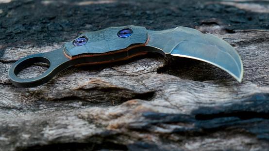 The Intricacies Of A Folding Karambit Knife