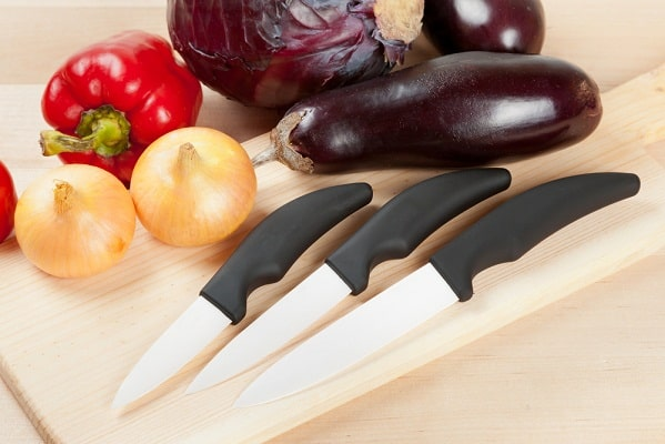 Choose The Best Ceramic Knife Set for Your Kitchen This [currentyear] 1