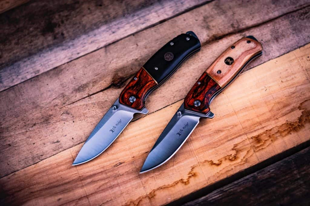 Drop Point Knife: : Is it the best skinning knife?