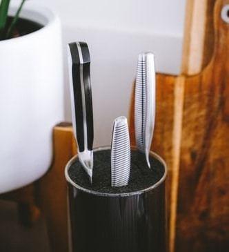 How to Care For Your Ceramic Knife Set
