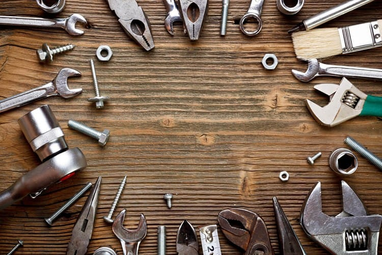 What Can You Usually Find In a Keychain Tool?