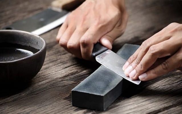 How long does it take to sharpen a knife with whetstone?