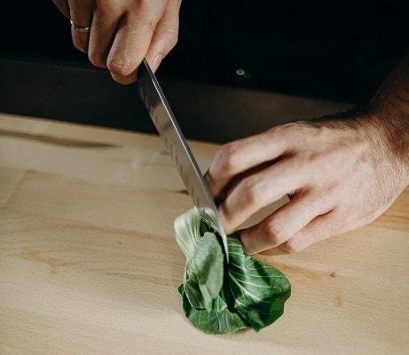 How do you use Nakiri knives?