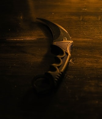 What to look for a double-edged karambit knife?