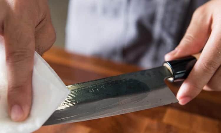 Knife Oil