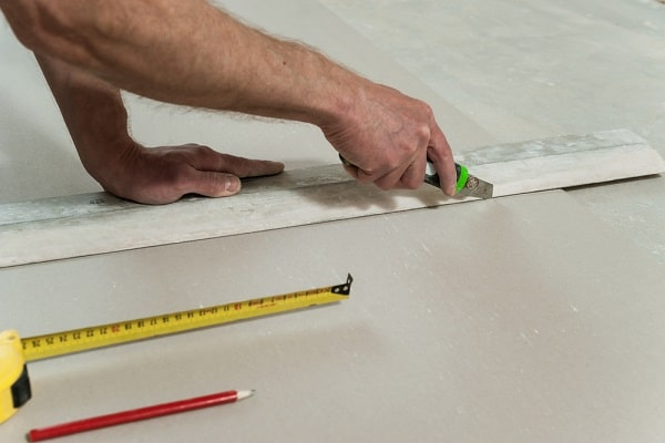 What is a Drywall Knife?