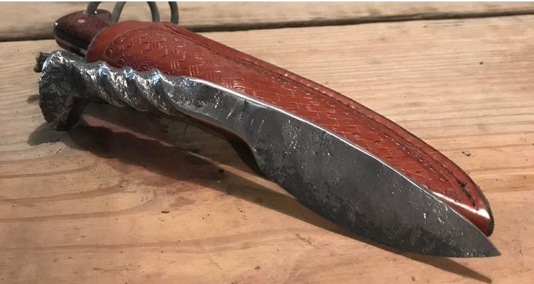 Railroad Spike Knife: A Perfect Gift for Knife Enthusiasts
