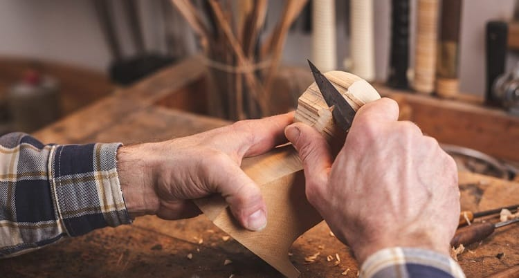 5 Best Sloyd Knives for Wood Carving