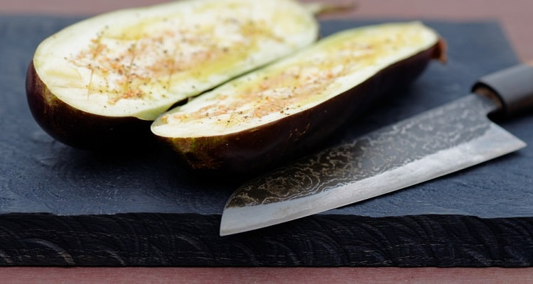 Santoku vs Kiritsuke: Which Japanese Knife is Best for Kitchen Cooking?